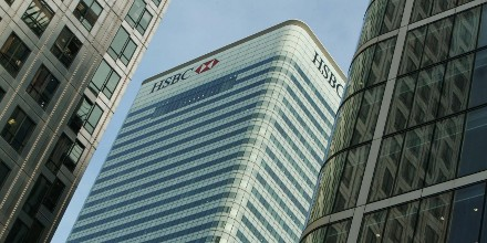 HSBC leads FTSE higher as bank reviews UK base