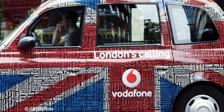 Investors stick with Vodafone despite limp growth prospects