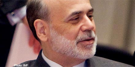 Investors give thumbs down to Bernanke speech