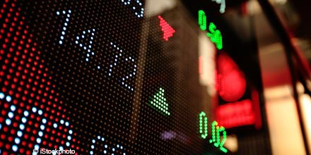 Overnight Markets: Wall Street flat amid fiscal cliff concerns