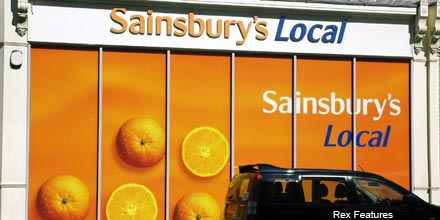 FTSE wobbles; Sainsbury's beats forecasts
