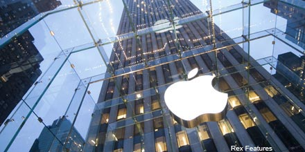 Apple in $14bn share buyback after price dip