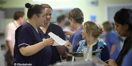 NHS challenged over cash-for-pension offers to nurses