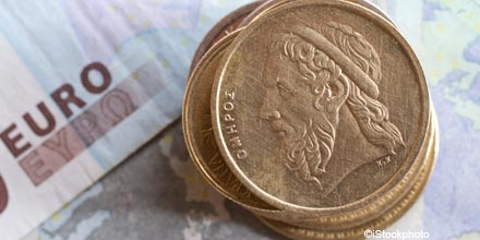 Euro crisis leaves retirees scrabbling for pension income