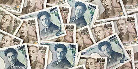 Japan star Harker: Abenomics has 'trashed' the yen