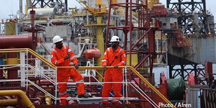 Plummeting Petrofac weighs on FTSE after warning