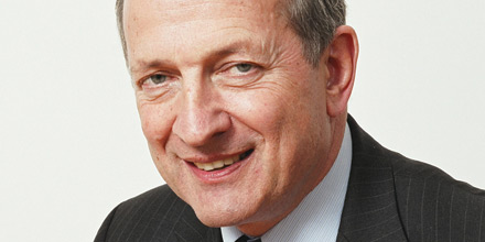 Giles Hargreave steps down as CEO to focus on funds