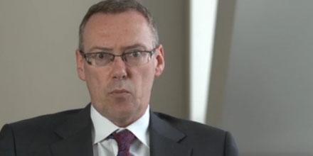 Fidelity hires Henderson multi-asset boss Bill McQuaker