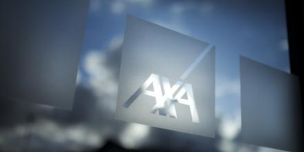 AXA clients left stranded after Sipp closure