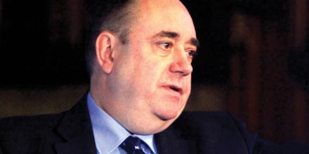 Salmond fights back with currency plans ahead of referendum