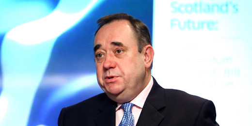 Defiant Salmond says no-one can stop us using pound as no campaign regains lead