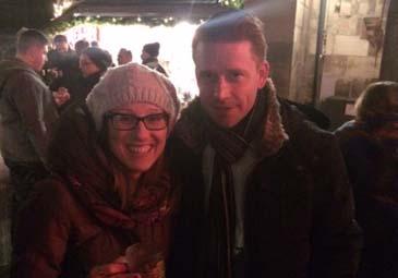 Elisa Morettini auf dem Christkindlesmarkt mit Michael Scherbel, NÜRNBERGER Lebensversicherung