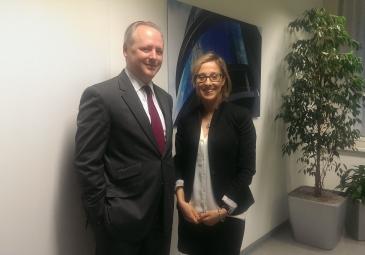 Elisa Morettini in Wien mit Mag. Marcus Klug, von Bundespensionskasse AG
