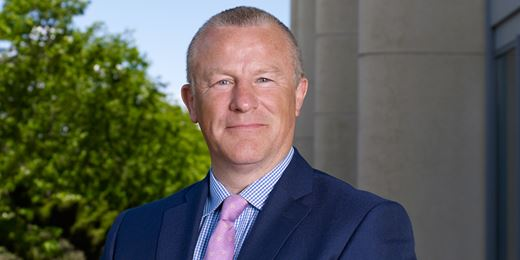 Woodford warms to banks before income fund launch