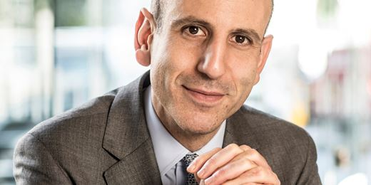 Ariel Bezalel erhöht Duration und kauft langlaufende Treasurys