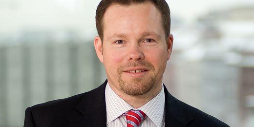 Bond chief: risk premia should be investors' priority