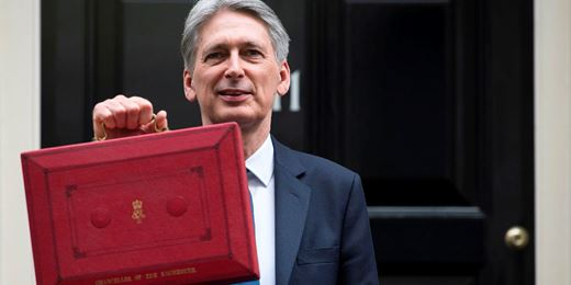 Hammond U-turns on self-employed NIC rates hike