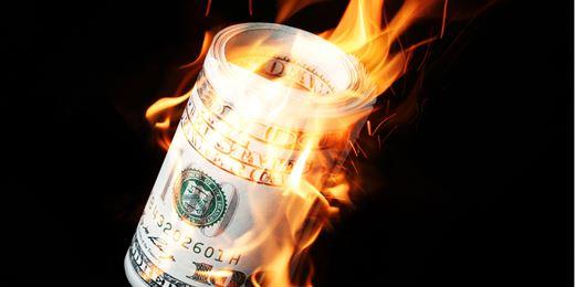 Banche italiane, perso in Borsa il 77% in 10 anni. La classifica delle migliori e delle peggiori