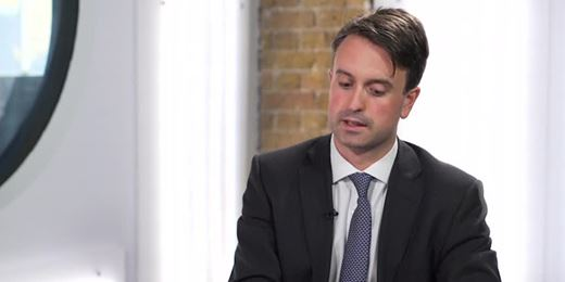 BlackRock's Holl: expect oil price volatility through to 2018