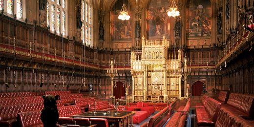 Lords fight gov't on financial guidance body