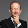 Manfred Stiegel - Augsburger Vermögensverwalter sichert Aktienquote komplett ab